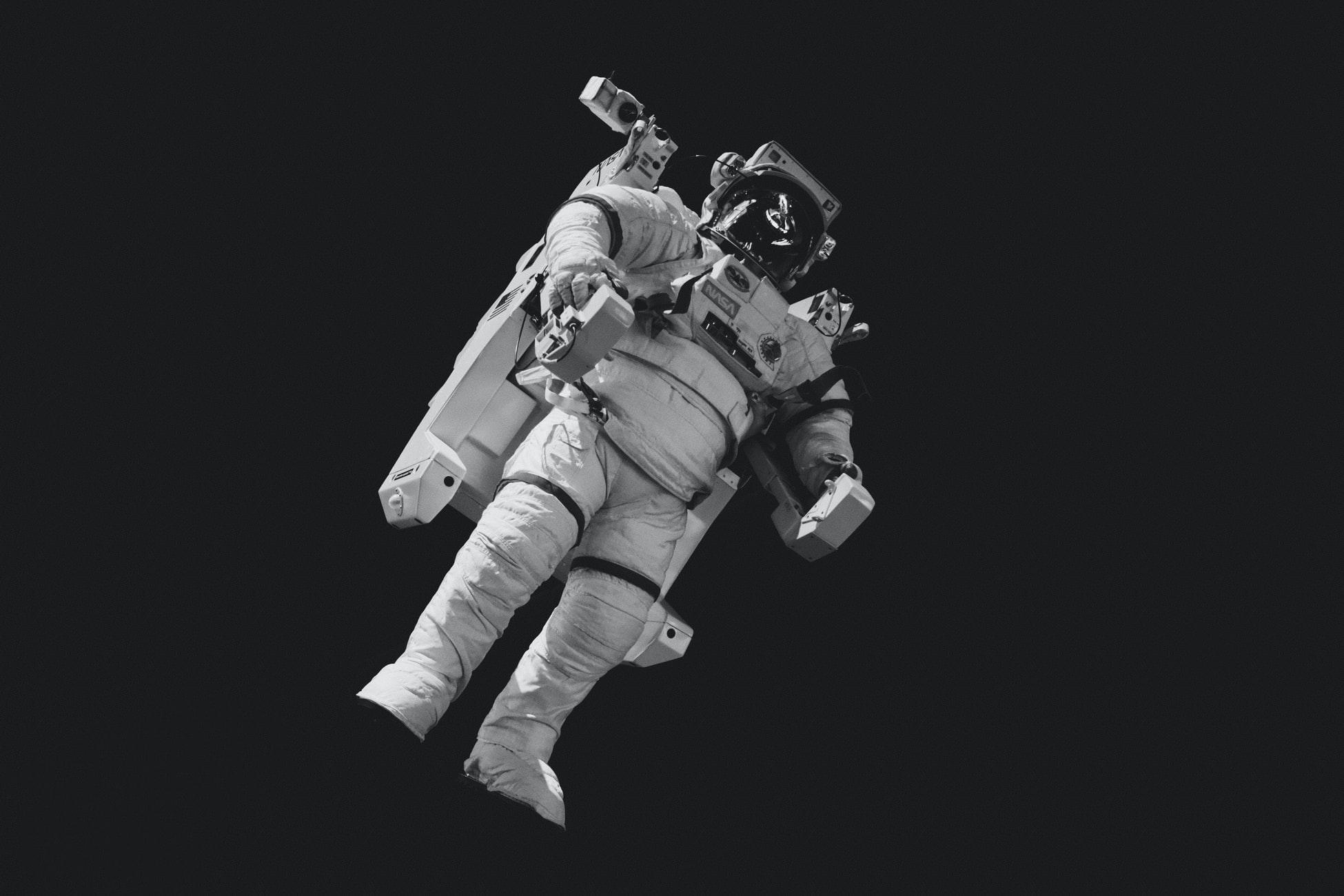 【心理テスト】宇宙旅行の計画でわかる あなたの○○○の過去と未来