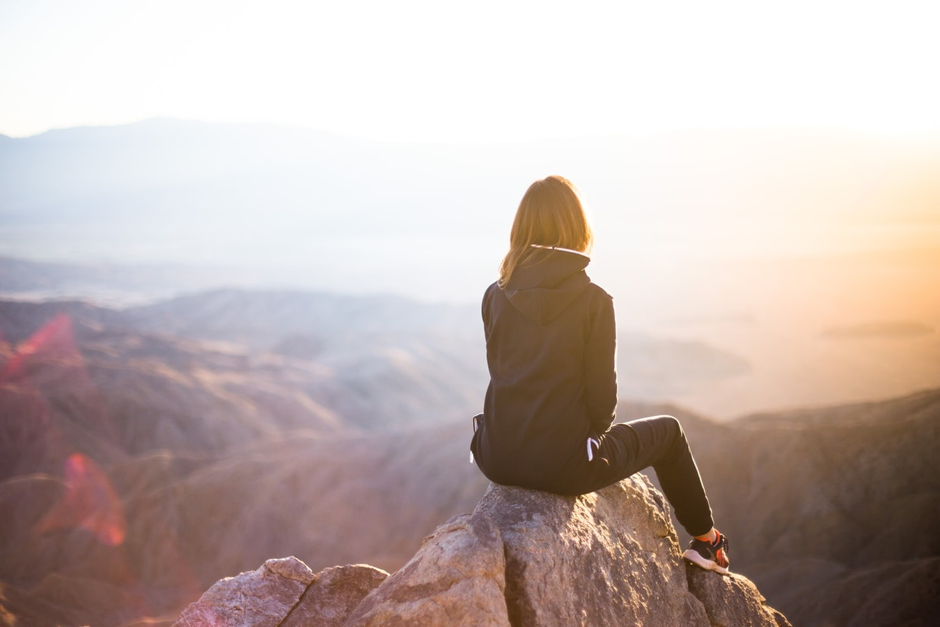 水晶玉子人生鑑定|《あなたの愛と人生》今日から1年間、どんな幸せが待ってる?