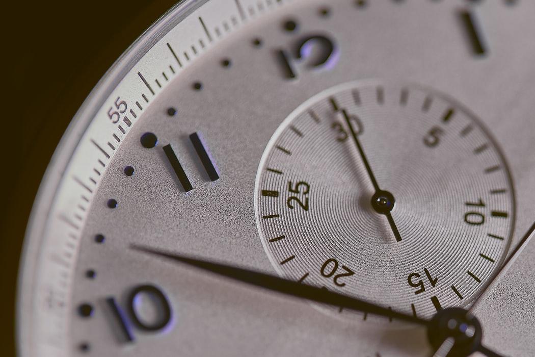"""【心理テスト】「時計」でイメージするものは?答えでわかるあなたの""""恋愛束縛度"""""""