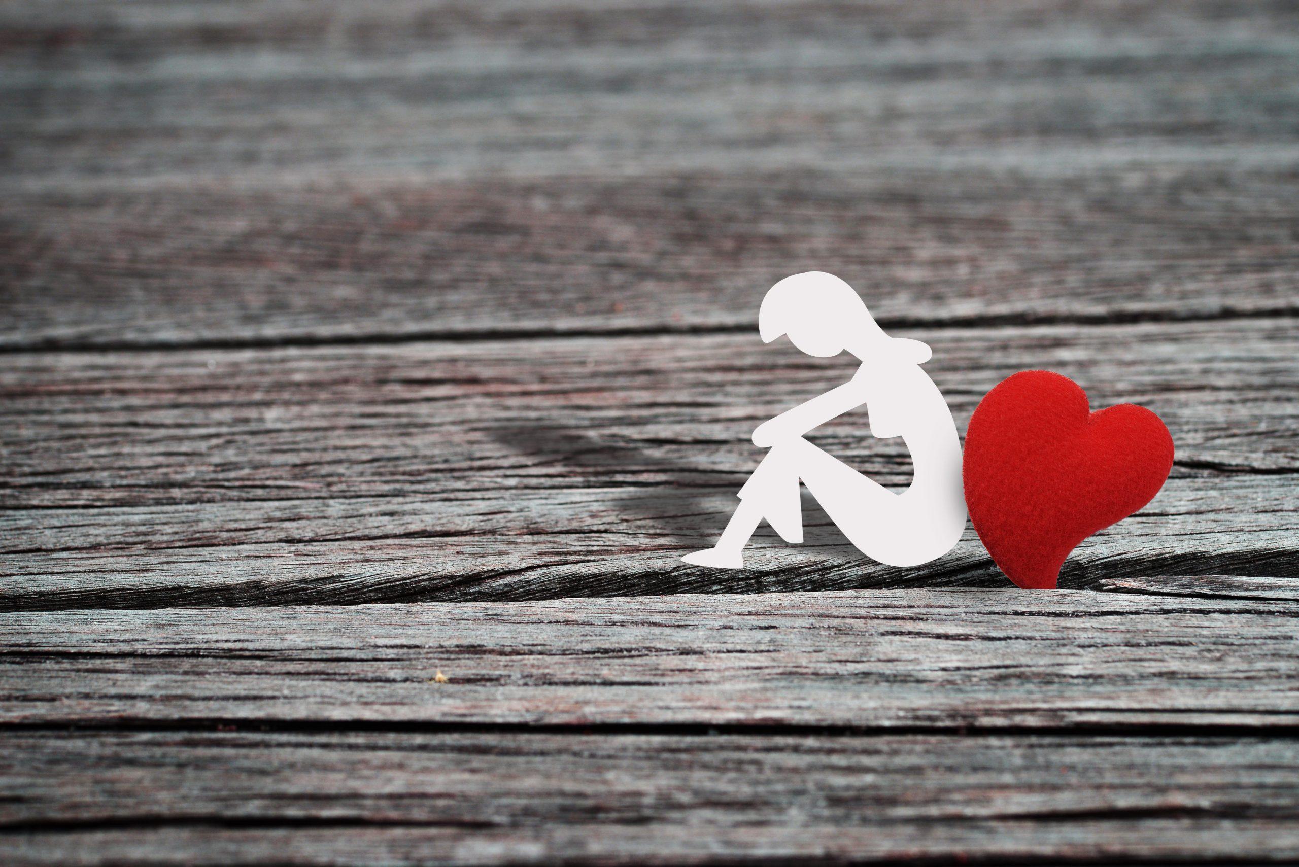 彼の『本心』を占います!|今、彼が私に望んでいるのは……恋人?それともただの友達?
