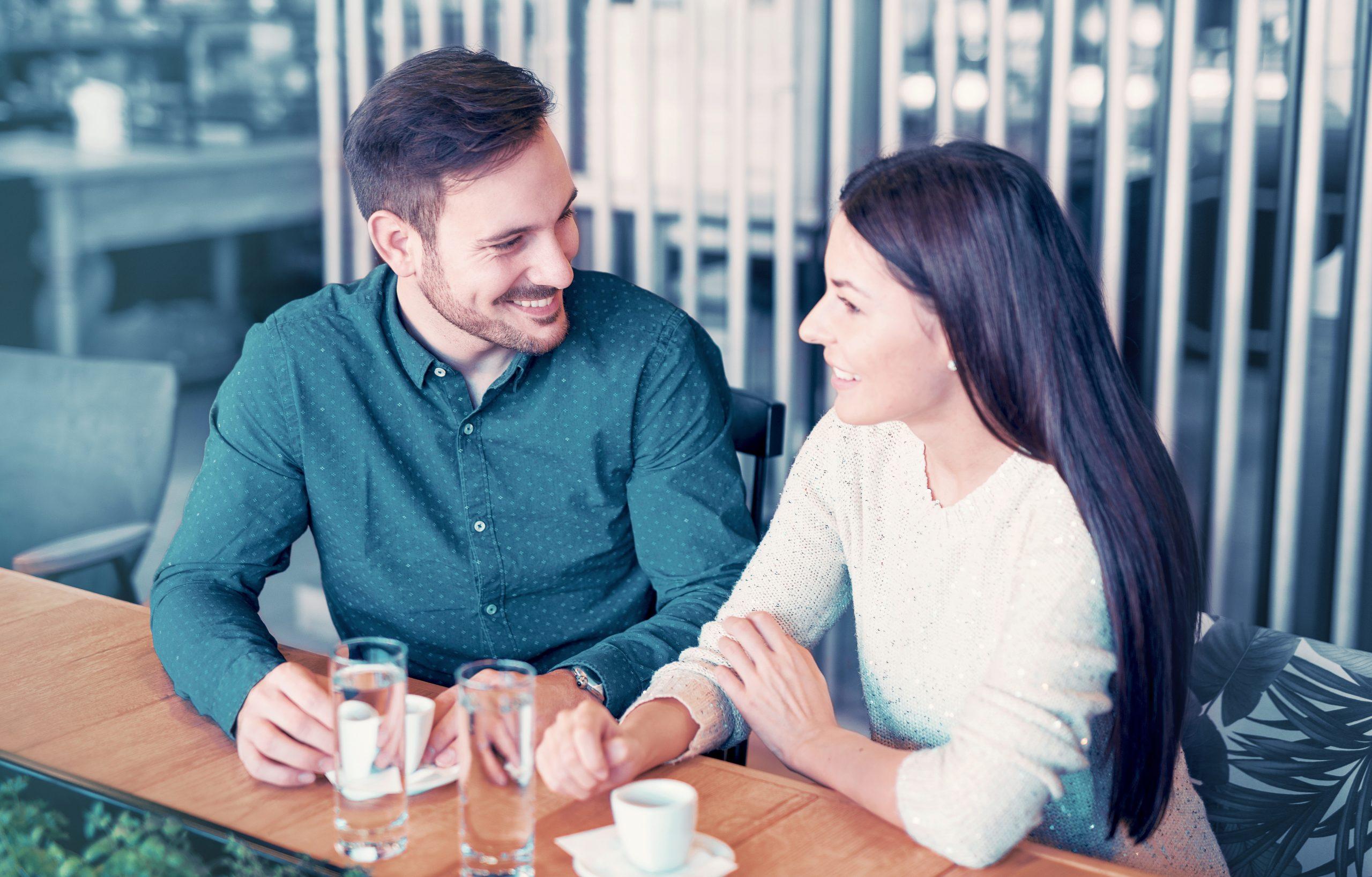 《神谷奈月の結婚占い》|【大恋愛が見えるよ】今あなたを好きな異性◆名&顔