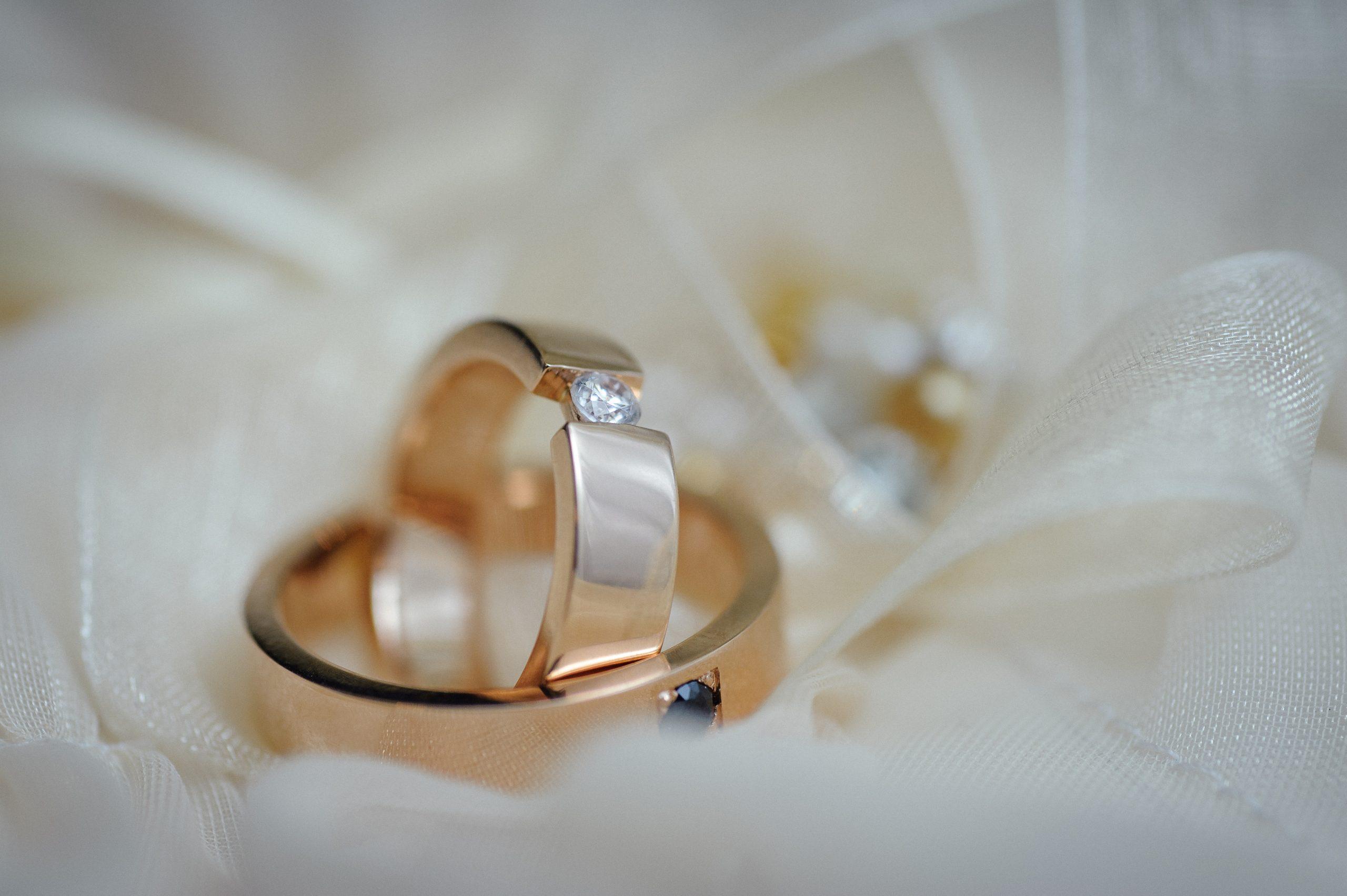 水晶玉子の結婚応援占い|次、あなたの結婚を左右する転機◆出会い&入籍