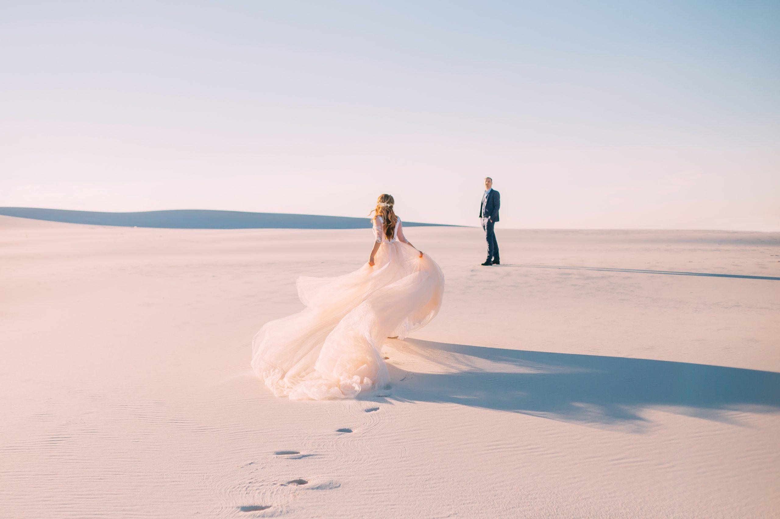 結婚占い|【年内中にご縁紡ぎます】あなたの結婚相手の特徴&出会い