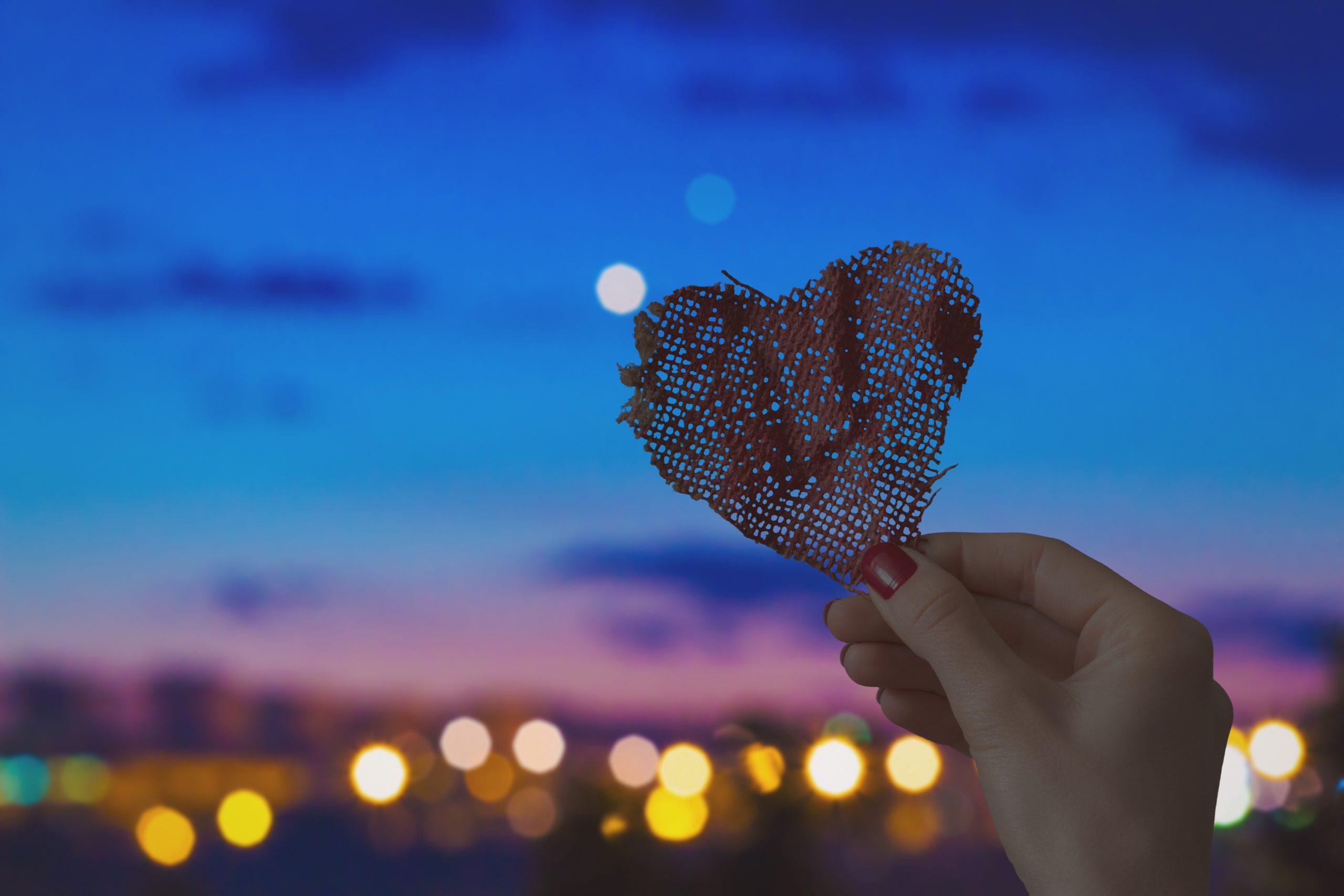 恋愛占い|『この関係は惰性?』『私を愛してる?』彼の中にある恋の答え