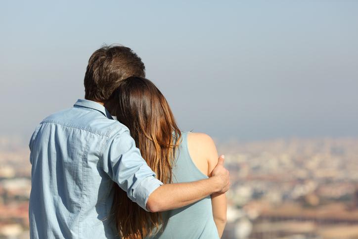 『恋愛ベタな男性』が本命にだけ見せる愛情サインって?