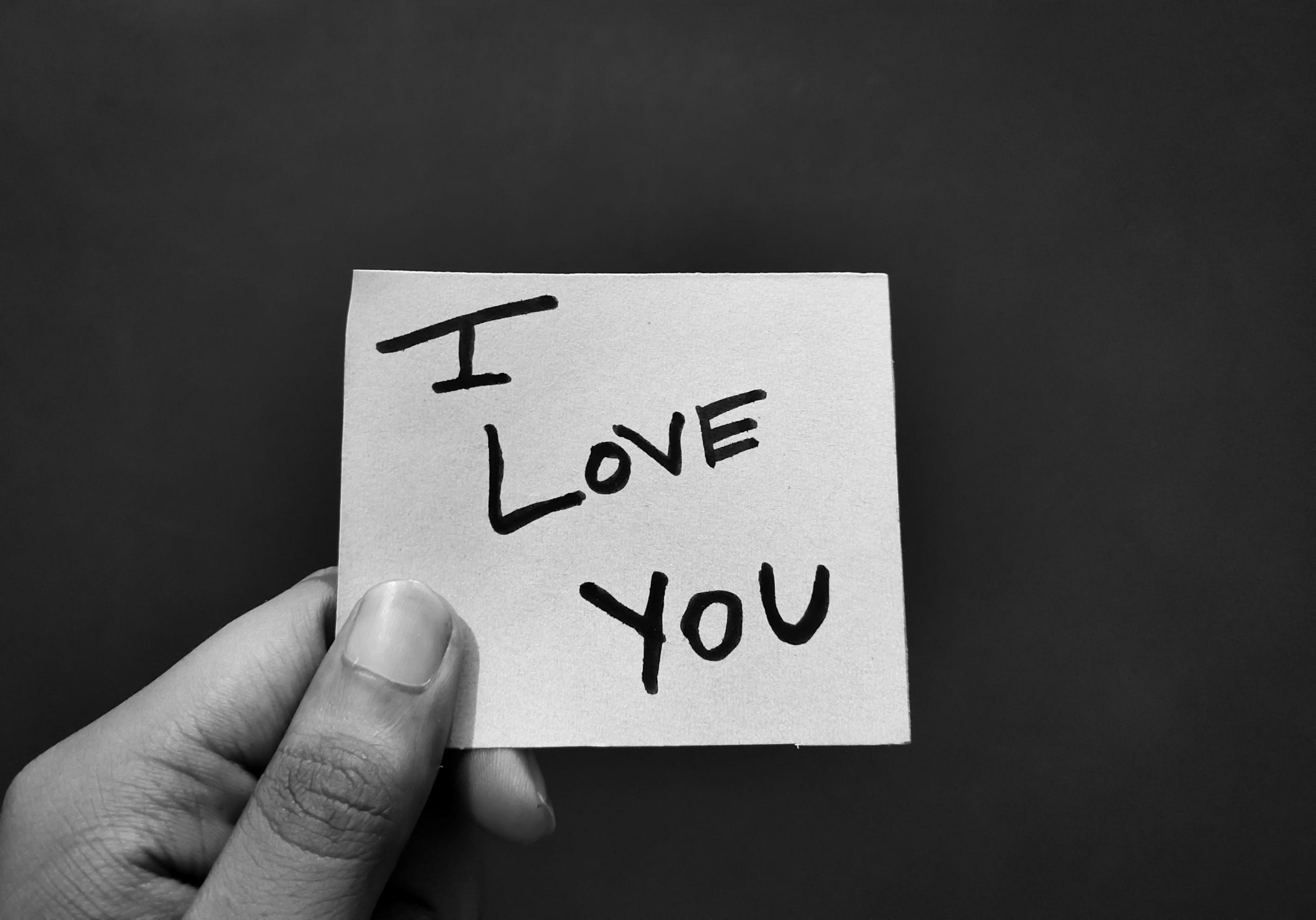 恋愛占い|『早く気付いて…』彼があなたから聞きたい言葉◆2人の絆&恋の願望