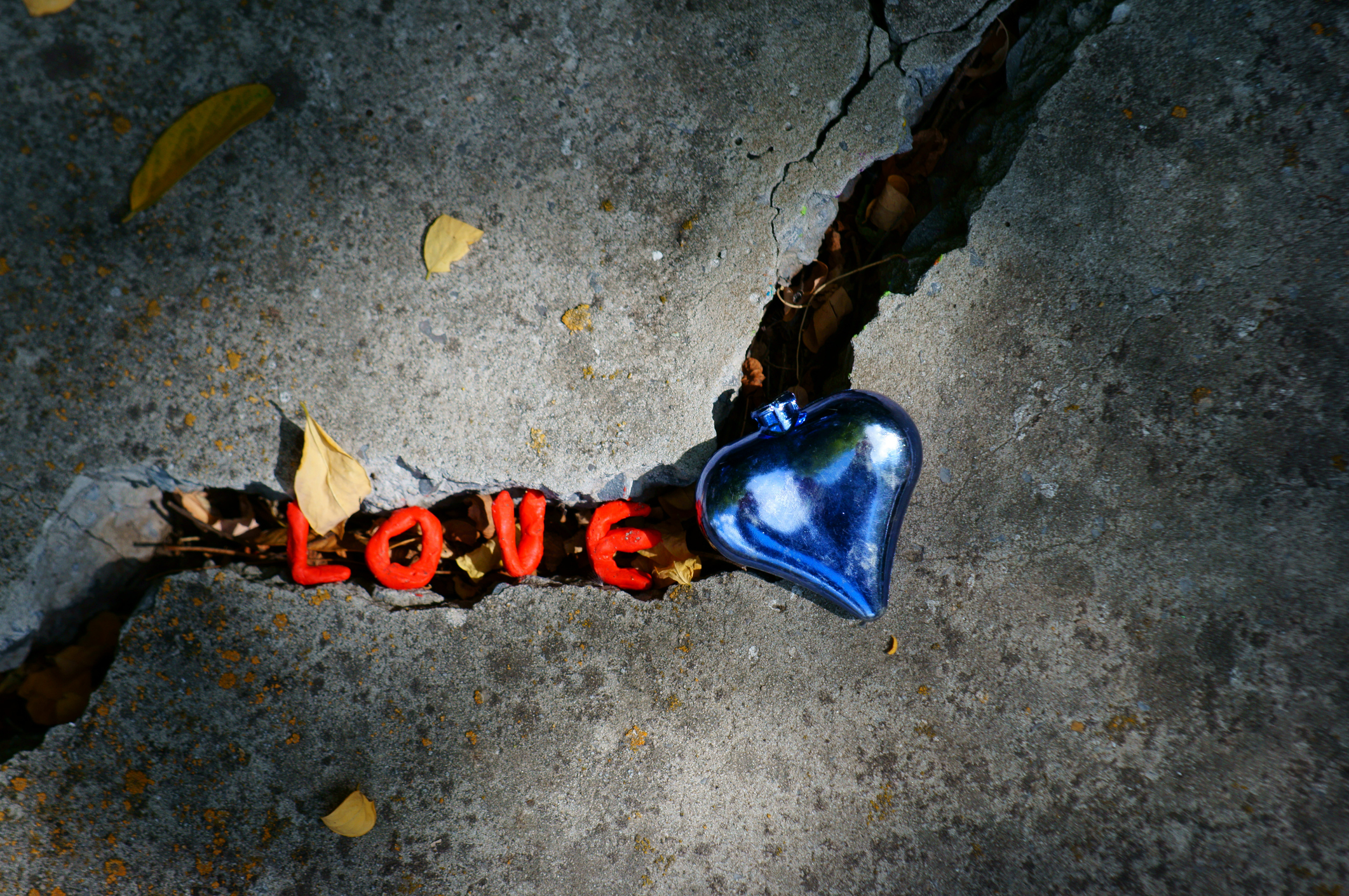 恋愛占い|ネガティブに考えすぎよ…『実際の2人の関係は●●』