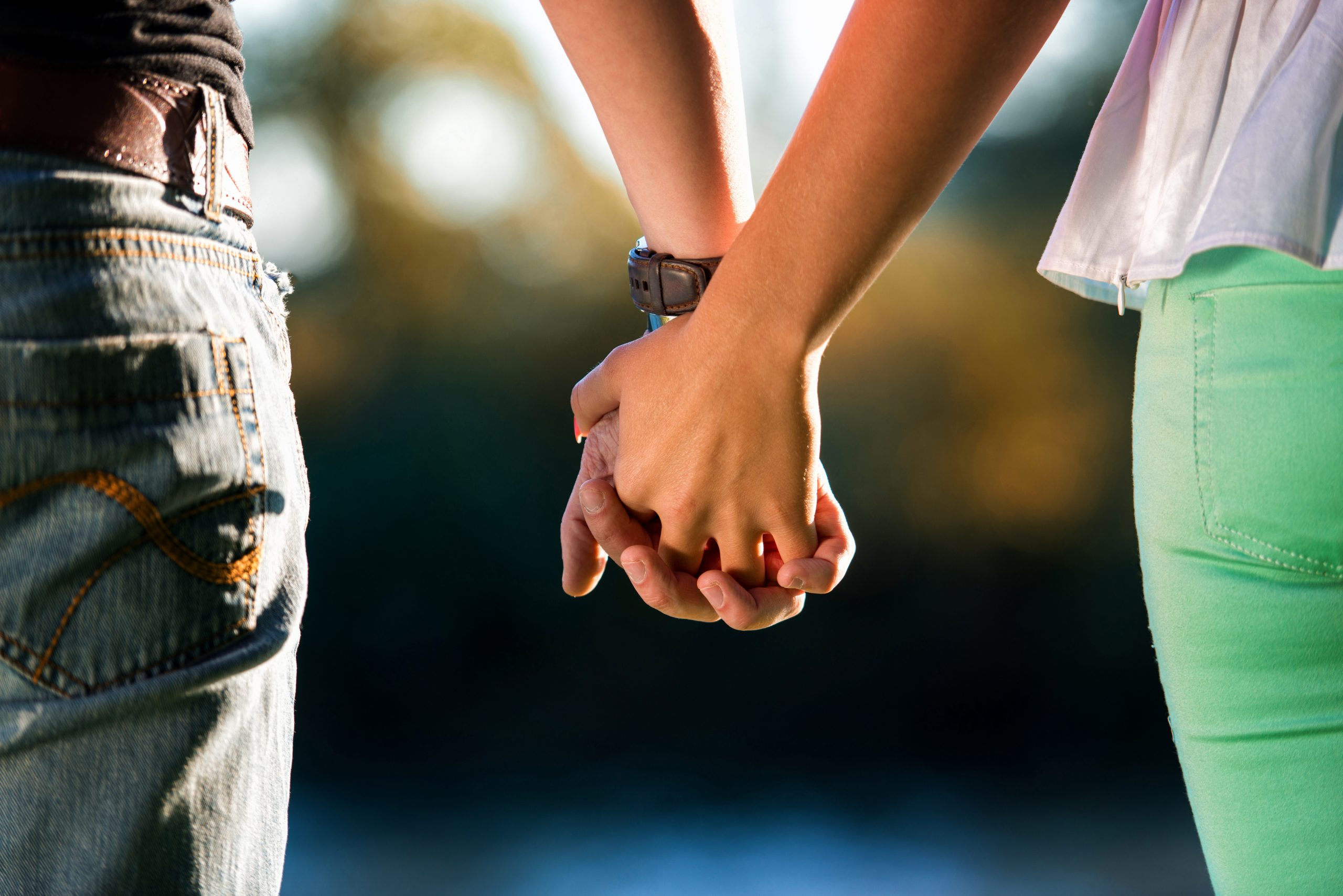 あなたの結婚占い|『あなたの運命の人』と『繋がる出会い』